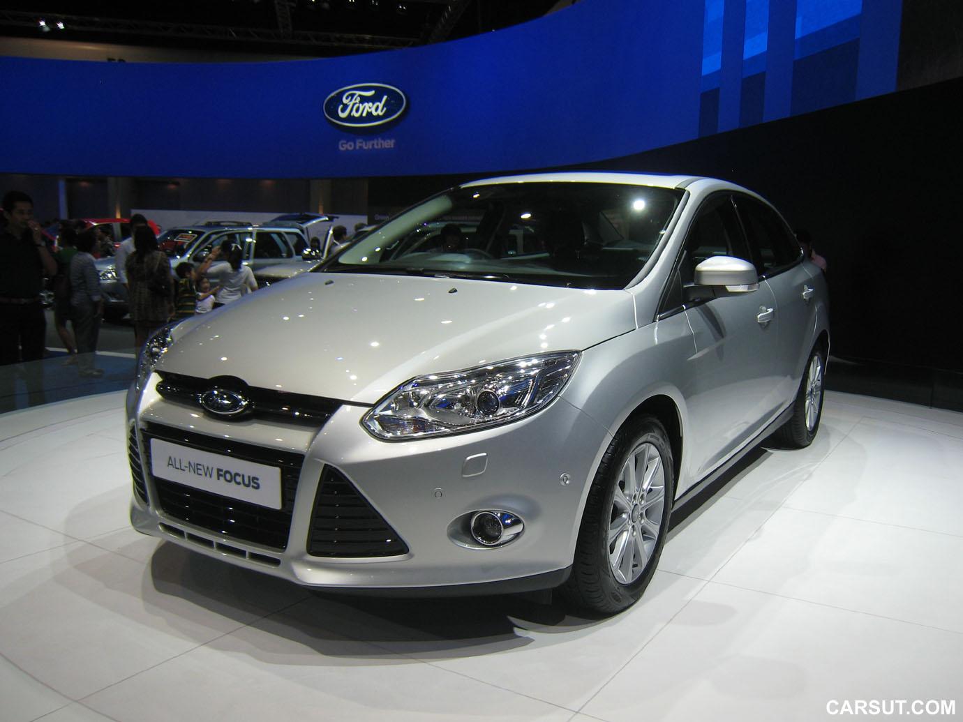 Ford Focus four-door Titanium+